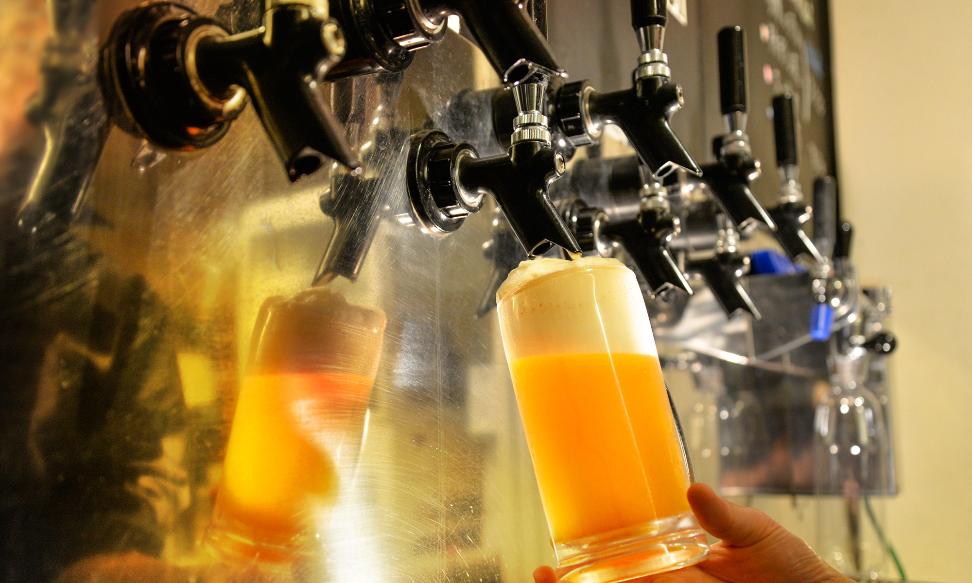 出来たての美味しいクラフトビールが楽しめるブルーパブ・ムーンライト/川崎市多摩区